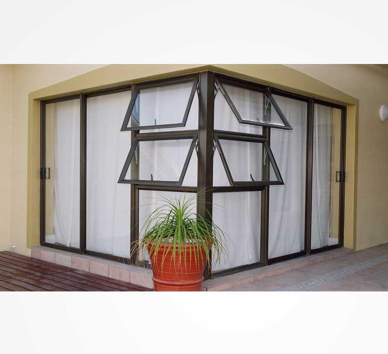 Single sliding door with sidelites vented sidelight for Single sliding exterior door